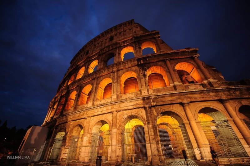 Foto no Coliseu Roma
